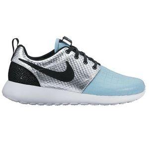 Nike Roshe One LX